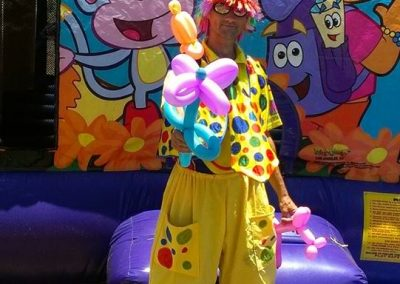 546345-Clown and ballon art